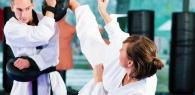 СТРЕТЧИНГ (stretch)- упражнения на растягивание.